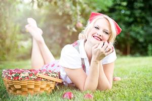 apples-635240_640_R